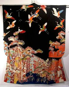ICHIROYA. This is a fabulous vintage Furisode with classical motifs - Manmaku(curtain), cloud, matsu(pine tree), and crane pattern, which is dyed. Its attractive design with colorful hue against the black background has fascinate atmosphere.