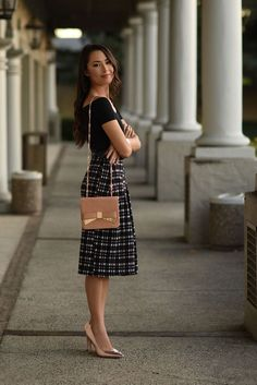 Nice 37 Simple and Gorgeous Spring Work Outfits for Women http://outfitmad.com/2018/04/21/37-simple-and-gorgeous-spring-work-outfits-for-women-gambar-ada-yang-tak-sesuai/