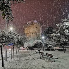 Frosty #Thessaloniki as captured by Thessaloniki's Instagrammers. Want to get featured ? Use #visitthessaloniki and tag… Thessaloniki, Winter Day, Macedonia, Nymph, Daydream, Past, Greece, Europe, World