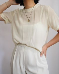 Vintage Ivory Pure Silk Boxy Top + White High Waisted Trousers #style #fashion #vintage #vintagestyle #summer #summerstyle #minimal #minimalism #highwaisted #trousers #silk #silktop #vintagesilk White Trousers, Highwaisted Trousers, Vintage Outfits, Fashion Vintage, Vintage Clothing For Sale, Lady L, Boxy Top, Chic Outfits, Summer Outfits