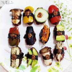 [채식 레시피] 구운 채소초밥 / 웰빙 채소초밥 / 야채초밥 / 비건 초밥 / 사찰음식 / 비건 레시피 / 배합초 만들기 : 네이버 블로그