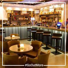 Alios espresso bar, ένας υπέροχος χώρος στην Πεύκη για ποτό. Ανακάλυψέ το με το VIENO! Drinking Every Night, Cool Bars, Espresso, Places To Go, Have Fun, Restaurant, Friends, Furniture, Home Decor