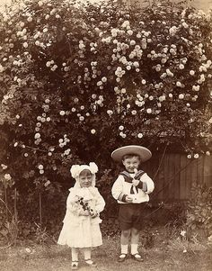 I bet their parents loved this photograph by lovedaylemon, via Flickr