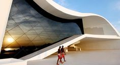 Teatro Popular de Niteroi, Brazil. Architect Oscar Niemeyer. Oscar rulez!