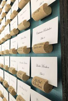 Wine Cork Wedding, Diy Wedding, Wedding Wine Theme, Wedding Card, Card Holder Wedding, Trendy Wedding, Wine Wedding Favors, Wedding Ideas, Wedding Place Cards