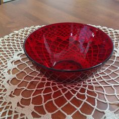 "Vintage Arcoroc France, Classique Ruby Red, Large Serving Bowl, 6 3/4"" by BucketListGarnishes on Etsy"