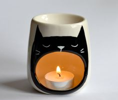 Cat Oil burner - Yawning Cat - Sleep Aid - Candle Holder - Porcelain - Tea Light - Night Light - Kitty - Cat Art - Wax Melt Burning - Cats