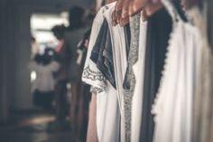9 Best Online Thrift Stores: A Key Tool in your Zero Waste Fashion Kit Minimalist Wardrobe, Minimalist Fashion, Best Online Thrift Stores, Capsule Wardrobe Mom, Mom Wardrobe, Wardrobe Ideas, Summer Wardrobe, Summer Minimalist, Minimalist Living