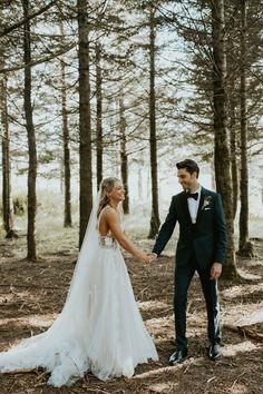North Carolina Mountain Top Wedding — ellen + andy is part of Wedding - Wedding Goals, Wedding Pictures, Wedding Ideas, Marriage Pictures, Wedding Planning, Wedding Menu, Wedding Details, North Carolina Mountains, Wedding Humor