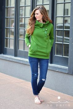 sporty button hoodie from so perla