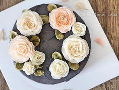 🌹🌹 enohanacake.com Kakaotalk ID:touko76 Line:enohanaflowercake  Enohana flower cake & baking class studio Rose  #rose#버터크림플라워케이크 #플라워케이크 #플라워케이크클래스 #birthdaycake #주문케이크#수제케이크#생일케이크#웨딩케이크#buttercreamcake #butter#buttercreamflowercake #flowercake #에노하나케이크  #weddingcake #dessert #dessertstagram #flowercakeclass #bakingclass #연남동#cakeart#cakedecorating#koreanflowercake#花蛋糕#specialcake #フラワーケーキ#cakedecoration