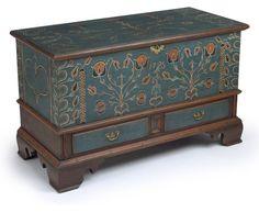 99c13ddaba420112805f7de63d32251d--painted-trunk-painted-chest.jpg 736×638 pixels