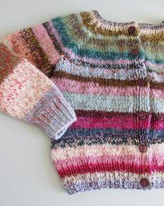 Loose Knit Sweaters, Cute Sweaters, Baby Sweaters, Crochet Stitch, Knit Crochet, Diy Tops, Knit Fashion, Knitting Projects, Baby Knitting