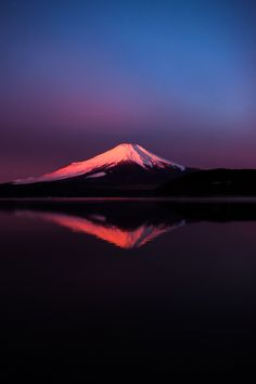 Red-Fuji by momo taro on Monte Fuji, Beautiful World, Beautiful Places, Beautiful Pictures, All Nature, Amazing Nature, Places Around The World, Around The Worlds, Colorful Mountains
