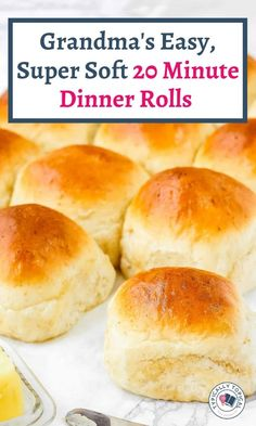 Want to make some delicious bread dinner rolls but dont have any yeast? No worries. Here is a quick 20 minute yeastless Dinner Rolls Easy, No Yeast Dinner Rolls, Homemade Dinner Rolls, Homemade Breads, Fluffy Dinner Rolls, Easy Dinner Roll Recipe No Yeast, Recipe For Dinner Rolls, Easy Homemade Rolls, Best Yeast Rolls