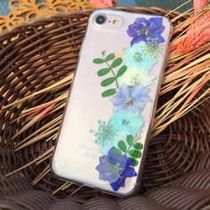 iPhone 7 plus Case Dried Pressed Flowers Case iPhone 7 Case Dried And Pressed Flowers, Dried Flowers, Cute Phone Cases, Iphone 7 Plus Cases, Iphone 6, Craft Items, Resin Jewelry, Just In Case, Diy Ideas
