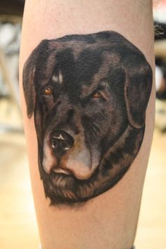 I can't handle pet tattoos 'cause they're so cute and this one reminds me of my first dog :(.