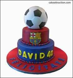 Pelota futbol 7 Messi Birthday, Soccer Birthday Parties, Football Birthday, Birthday Cake, Bolo Do Barcelona, Barcelona Party, Paul Cakes, Liverpool Cake, Sports Themed Cakes