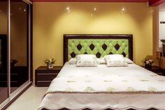 Showroom, Bed, Furniture, Home Decor, Decoration Home, Stream Bed, Room Decor, Home Furnishings, Beds