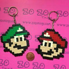 Mario Bros. Pixel Keyrings por ZoZoTings en Etsy