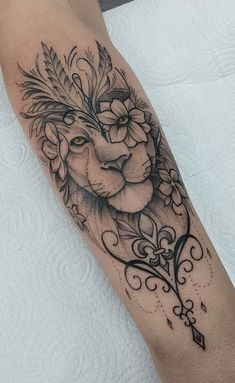 40 Photos lion tattoos [Female and male] # 2 - Top Tattoos Tattoo Femeninos, Tattoo Bein, Forarm Tattoos, Leo Tattoos, Mini Tattoos, Piercing Tattoo, Small Tattoos, Piercings, Inner Arm Tattoos