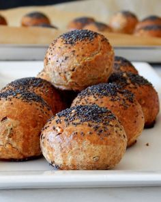 Food for thought: Μπουφές Pureed Food Recipes, Greek Recipes, Gyro Pita, Olive Bread, Bread Cake, Pitta, No Bake Cake, Food For Thought, Bagel