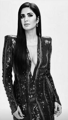 Indian Bollywood, Bollywood Stars, Katrina Kaif Bikini, Kareena Kapoor Bikini, Katrina Kaif Photo, Bollywood Actress Hot Photos, Princess Kate, Beautiful Indian Actress, Celebs