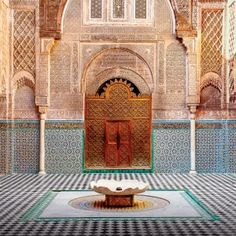 Family Friendly Ideas - Visit Morocco with the kids. Morocco is a fun family travel destination. Marrakesh has been a top Moroccan destination . Best Places To Travel, Oh The Places You'll Go, Places To Visit, Marrakesh, Solo Travel, Us Travel, Travel Guide, Travel Pics, Travel Tours