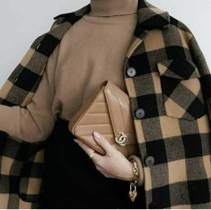#winter #winteroutfits #winterfashionoutfits #hijab #hijabfashion #hijabstyle #hijaboutfit #hijabtutorial #muslim #winter #winteroutfitscold Chic Outfits, Girl Outfits, Islamic Posters, Hijab Fashion, Sling Backpack, Louis Vuitton Damier, Winter Fashion, Backpacks, Formal