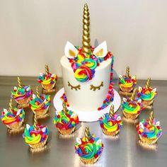 Unicorne Cake, Cupcake Cakes, Baking Cupcakes, Bolo Fondant, Bolo Original, Bolo Fack, Rainbow Unicorn Party, Cake Rainbow, Rainbow Birthday Cakes