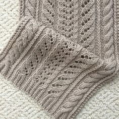 Ravelry: The Fairfield Scarf pattern by Donna Brooks