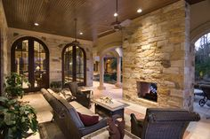 Fazio Estate - Mediterranean - Patio - Houston - Patrick Berrios Designs