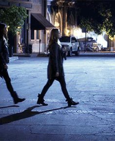 Alison going to the police station, to tell Holbrook that she is alive. Love this episode. Alison (Sasha Pieterse), Spencer (Troian Bellisario), Emily (Shay Mitchell), Hanna (Ashley Benson), Aria (Lucy Hale).