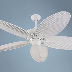 This Monte Carlo Cruise wet ceiling fan has a balanced construction for wobble-free operation.