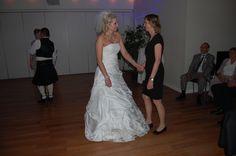Mia og Maria klar til dansegulvet!