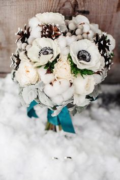 Herbstinspiration: Hochzeitsdeko mit Baumwolle - Hochzeitskiste Floral Wreath, Wreaths, Inspiration, Decor, Hair Fascinators, Newlyweds, Decorating, Fall, Cotton