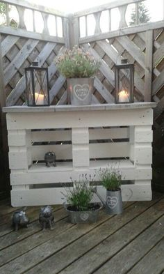 20 palette recycling ideas for your garden. Absolutely to copy! Garten - diy pallet creations 20 palette recycling ideas for your garden. Absolutely to copy! Garten The decoration of home is similar to a. Recycled Pallets, Wooden Pallets, Recycled Materials, 1001 Pallets, Diy Pallet Projects, Garden Projects, Pallet Creations, Diy Garden Decor, Easy Garden