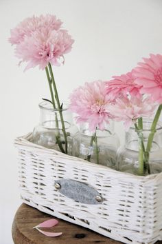 A Gorgeous basket idea-I love this!
