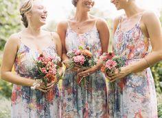 wildflower bouquets and wildflower dresses | Ali Harper #wedding