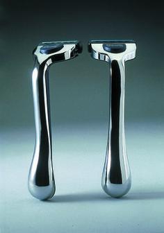 wilkinson sword, 1992 by Kenneth Grange Wilkinson Sword, Design Museum, Industrial Design, Woodworking, Top Designers, Product Design, Creative, Products, Industrial By Design