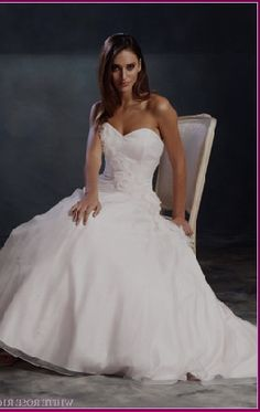 White wedding dresses are challenged by the daring intrusion of red bridal dresses.