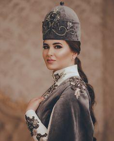 Caucasian People, Muslim Fashion, Kaftan, Mauve, Pictures, Photos, Mythology, Brides, How To Wear