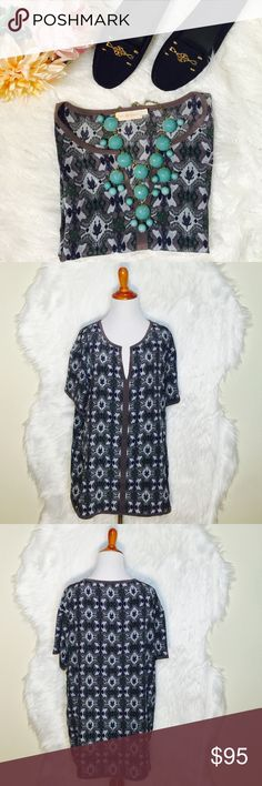"""Tory Burch Geomteric Silk Printed Blouse B25-Bringing an element of lightness to the look. A style that can easily be dress up or down. 100% Silk. Flat across @ busy: 22.5"""", lenght: 29"""". Worn once- excellent condition. Tory Burch Tops Blouses"""
