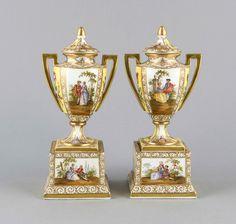Paar Ziervasen, Bienenkorbmarke, w - Auktion - Historia Auktionshaus