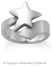 #jamesavery.com           #ring                     #Shooting #Star #Ring #from #James #Avery           Shooting Star Ring from James Avery                                           http://www.seapai.com/product.aspx?PID=1090294