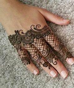 Henna Hand Designs, Mehndi Designs Finger, Wedding Henna Designs, Mehndi Designs For Fingers, Mehndi Art Designs, Beautiful Henna Designs, Fingers Design, Simple Mehndi Designs, Mehndi Design Pictures
