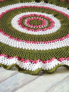 Crochet - Summer Trellis Round Afghan - #REC1871
