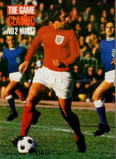 Greece 0 England 2 in Dec 1971 in Athens. Geoff Hurst looks for a chance in the Euro qualifier. Geoff Hurst, England National, England Football, Team Player, Coming Home, Goalkeeper, Liverpool Fc, Football Players, Greece