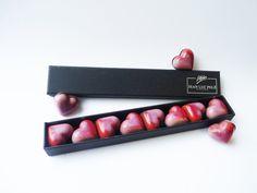 Coffret de 8 minis coeur caramel/griotte en chocolat by Jean Luc Pelé