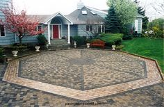 1000 images about paving stone installations on for Courtyard driveway house plans